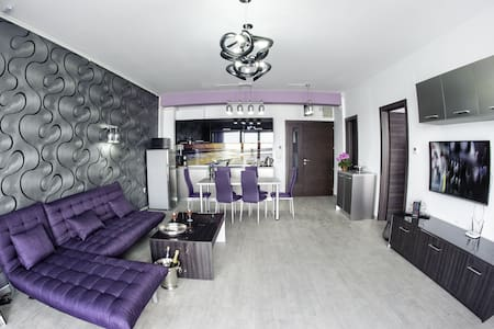 Lovely on Sophia Apartments - Constanța - Daire