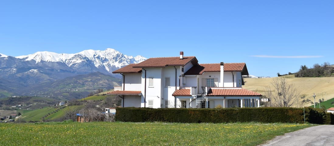 Villa Collecimino apt 2