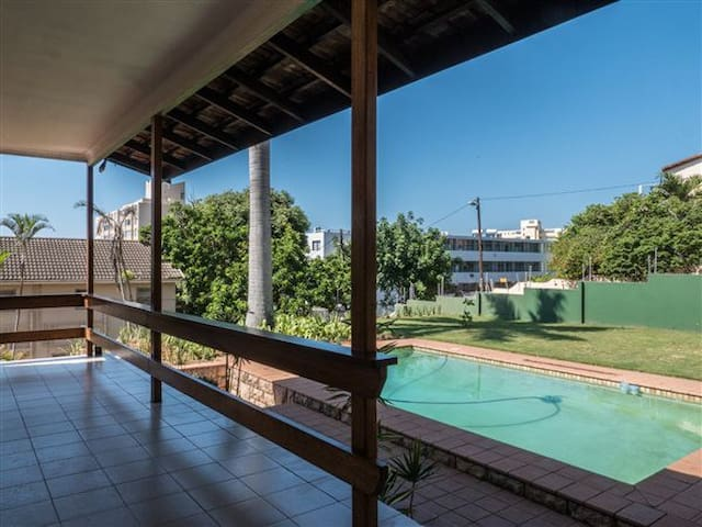 Spacious Home-Walking distance to beach & shops - Umhlanga - Casa