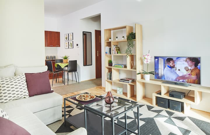 Żoliborz Green Garden Apartment