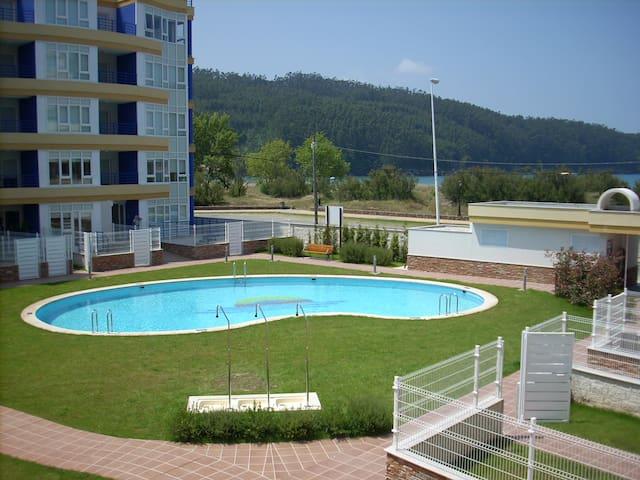 APARTAMENTO EN URBANIZACIÓN DE LUJO - Cedeira - Lägenhet