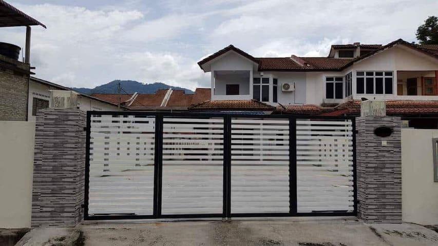 5 rooms Homestay Bentong