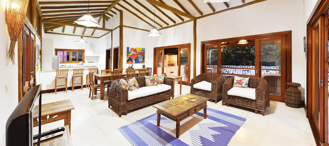 Beautiful Holiday Home in Ilhabela (Curral Beach)