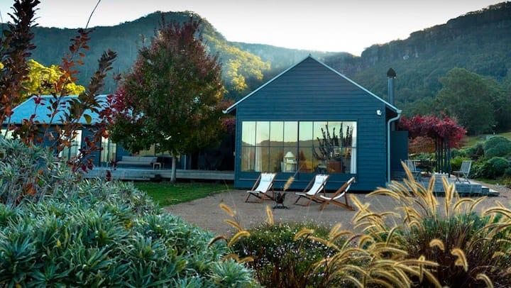 Luxury farm house overlooking Kangaroo Valley