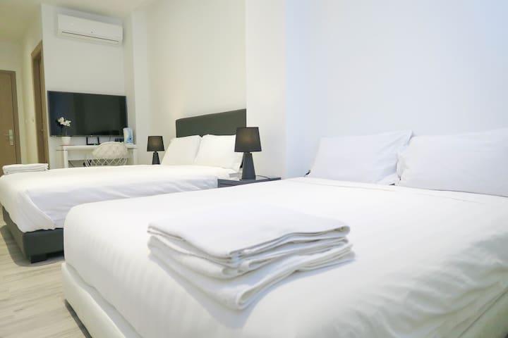 2 Queen-Beds Bedroom Suite @ Somerset/Orchard Area