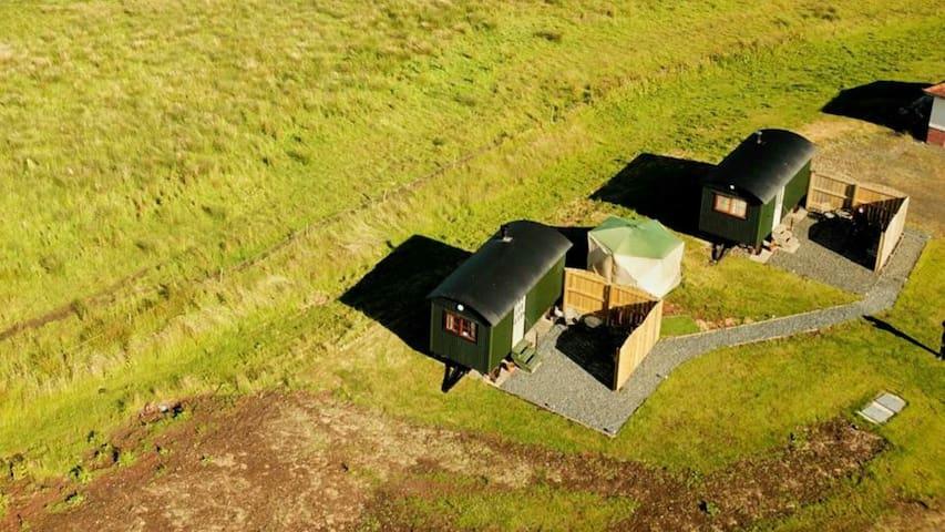 No 1 Priory Shepherd's Huts