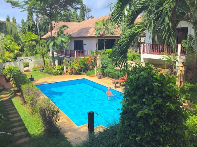 Resort Villa walk 150 Meters to Rawai Beach