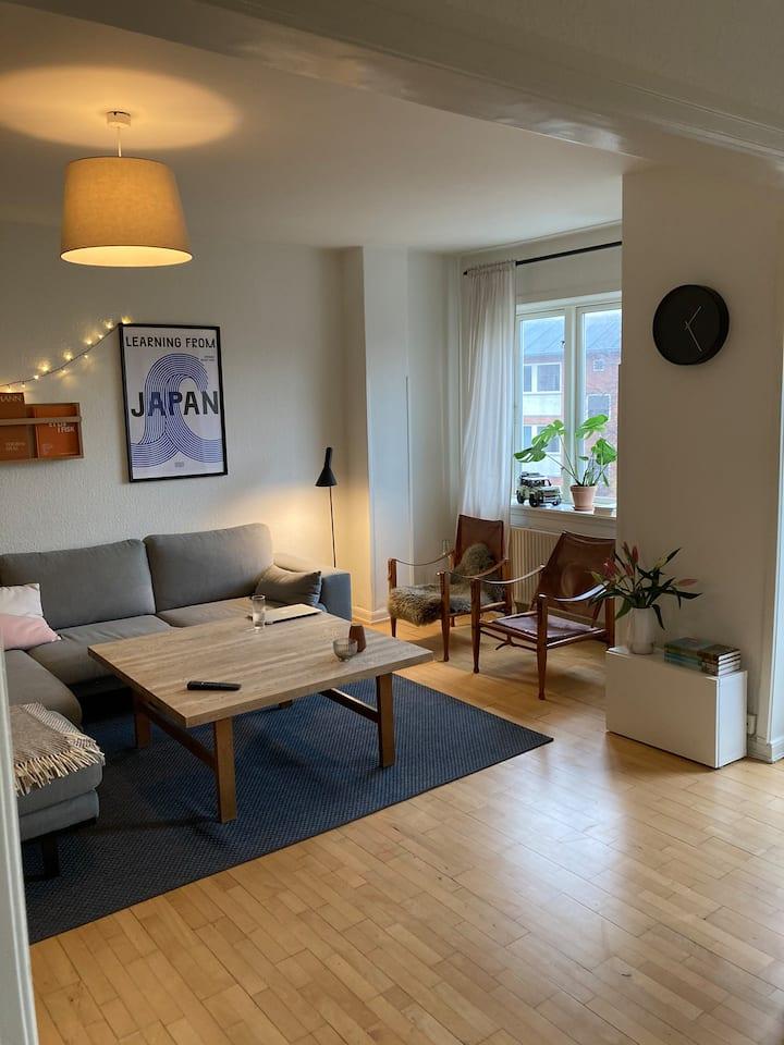80 kvm. Lejlighed ved Harald Jensens plads.