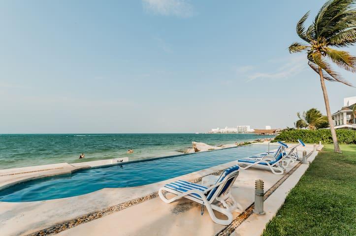 Casa en Cancun frente al Mar Gaviota
