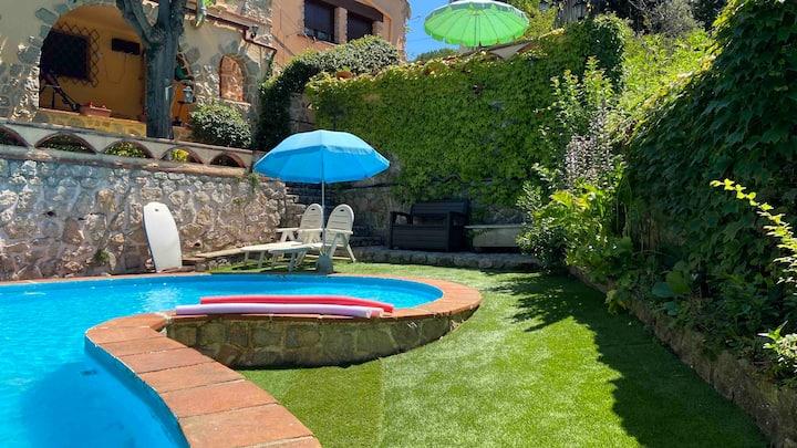 Vacarisses- Torreblanca Estación- piscina privada