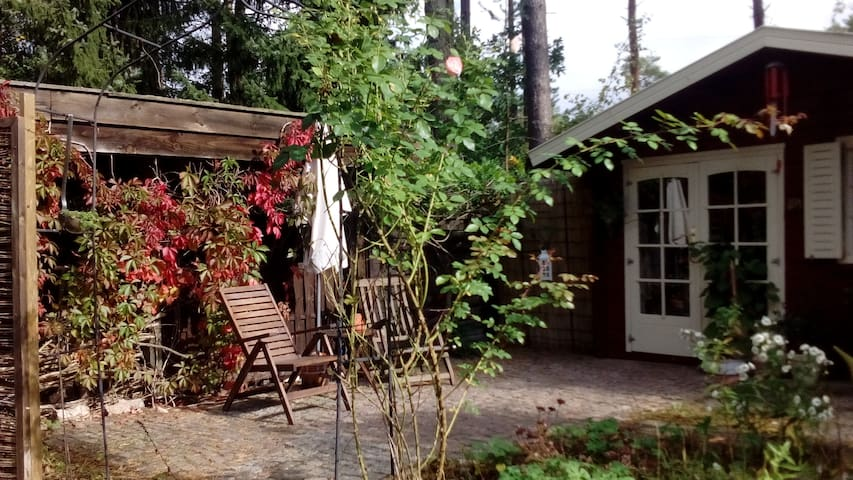 Waldhäuschen mit Terrasse - Jelmstorf, Niedersachsen, DE - House