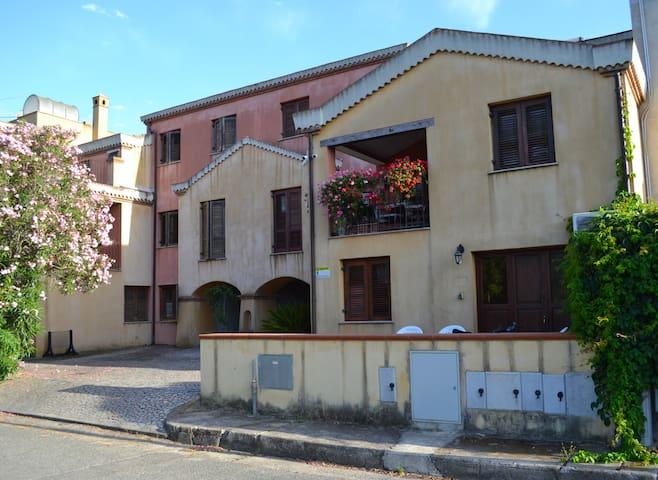 B&B Porto Frailis Residence - Camera Verde - Arbatax - Huis