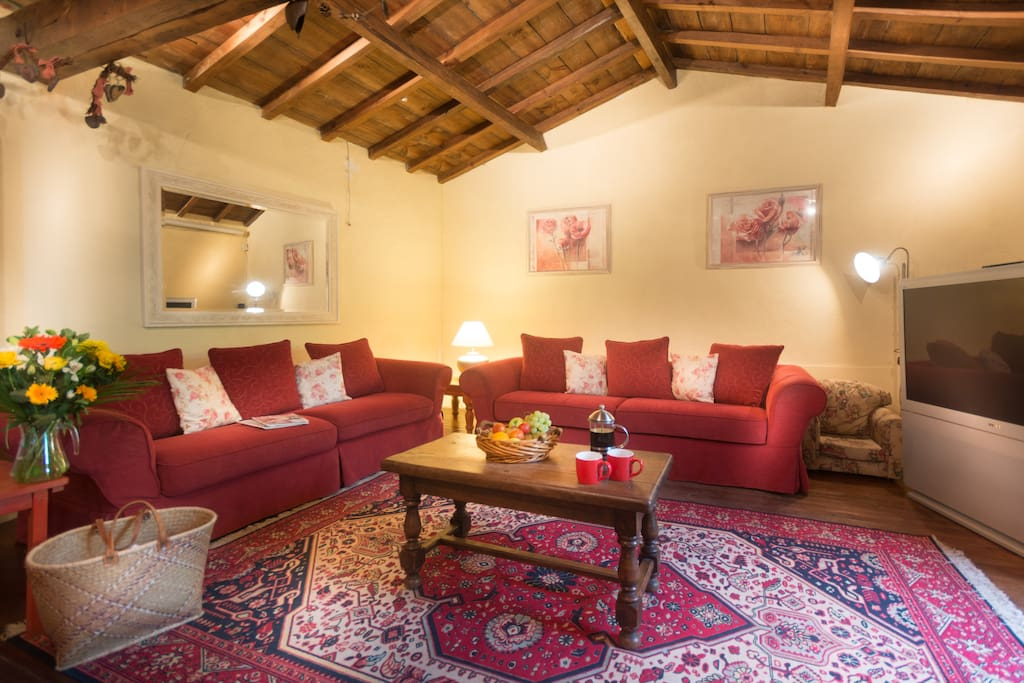 Open plan sitting room - Oak beams and floors