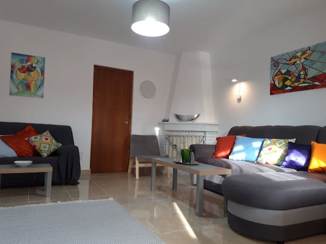 Exellent apartment in spanish style near the sea