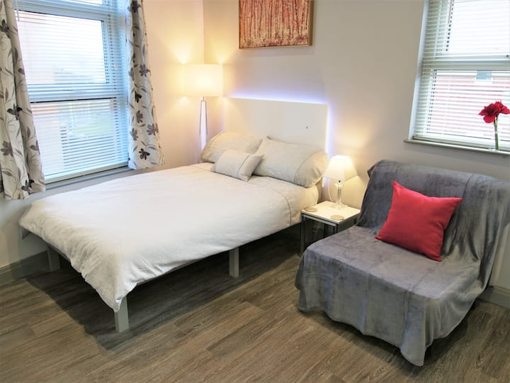 NEW STUDIO APARTMENT! - Superb! Perfect Short stay
