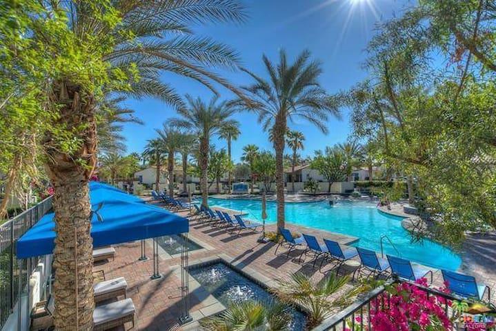 Legacy Villas-VIEWS, ALL AMENITIES- Coachella