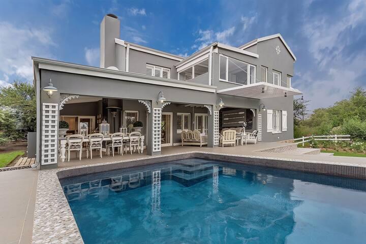 Luxurious home with mesmerising views.
