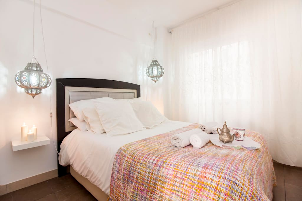 Malaga exclusive 1 dormitorio junto al mar apartments for Beds 4 u malaga