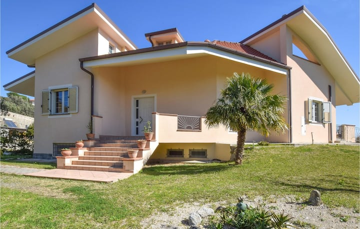 Awesome home in Montauro with WiFi and 4 Bedrooms