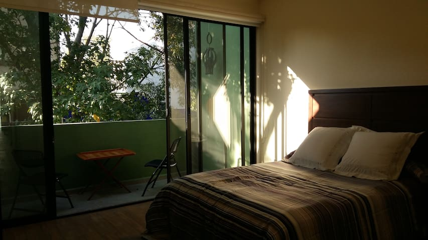 Lovely, bright and quiet apartment in La Condesa - Cidade do México - Apartamento