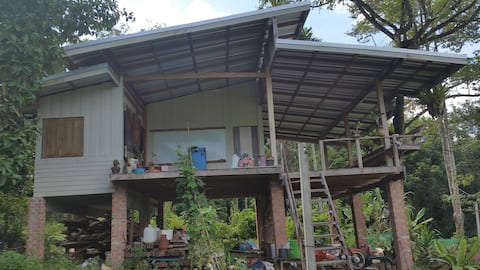 Blackcliff Home Stay, Escape from Urban
