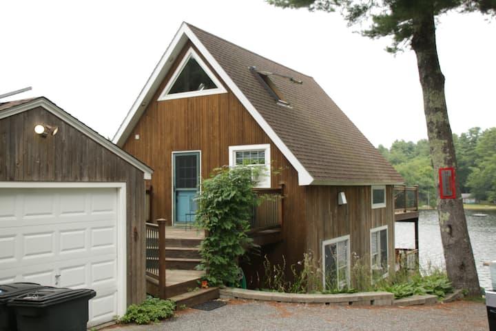 Hoppy's Lake House Near Mystic, Casinos & Beaches