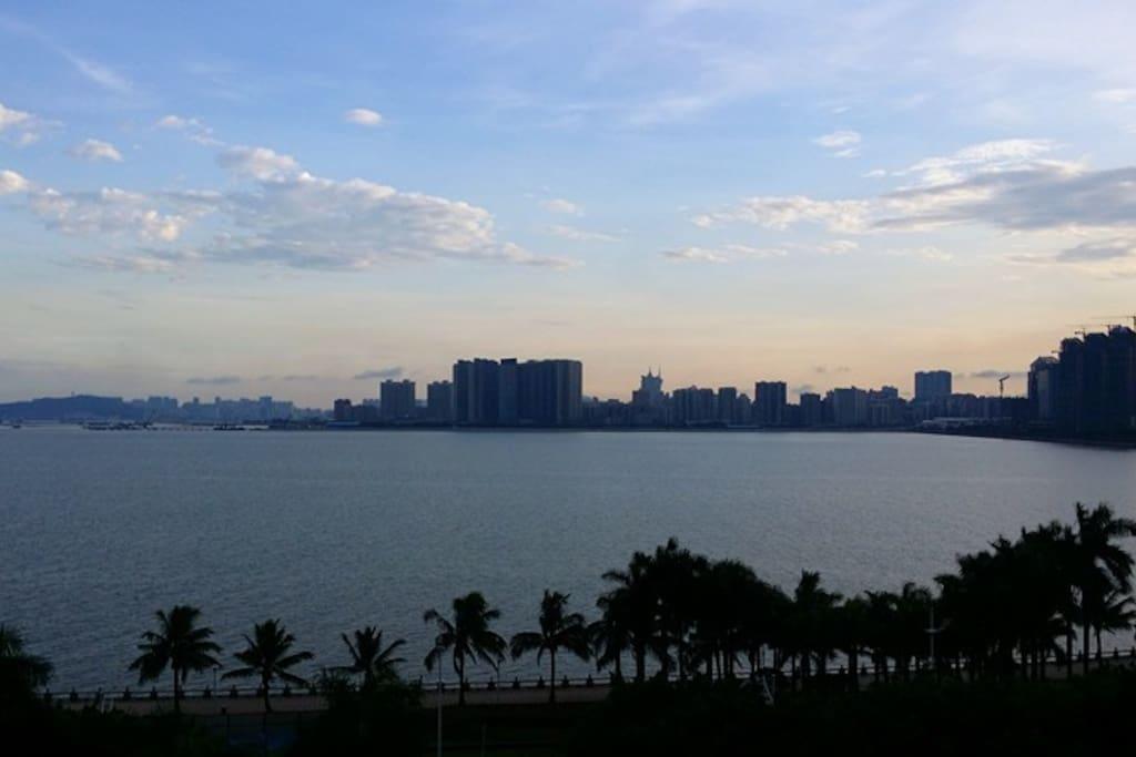 海景房窗台外景-View of Seaview room