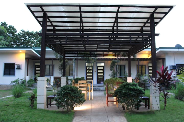 Affordable friendly guesthouse - Puerto Princesa - Appartement