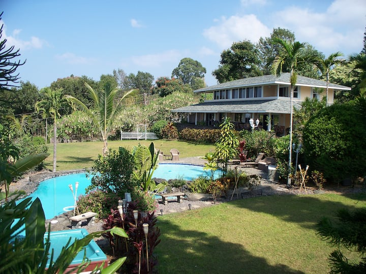 OCEAN & SUNSET VIEW-2 pools-spa-pool table-privacy