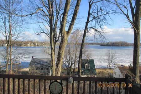 Paw Paw Lake Tree House