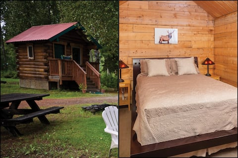 Chinook Cabin - Comfortable retreat in nature.
