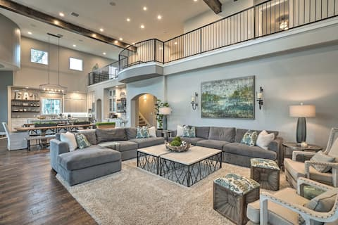 Upscale Home on Lake Placid w/Deck, Dock, Fire Pit