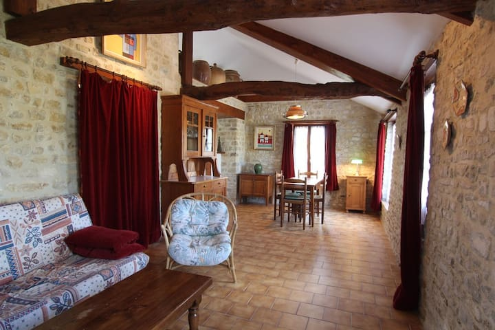 Holiday house with garden: Apt. 2 - Longueville - Byt