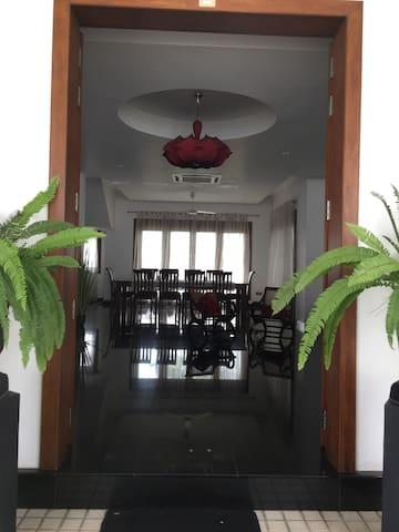 Mango Villa - Sri Jayawardenepura Kotte - Villa