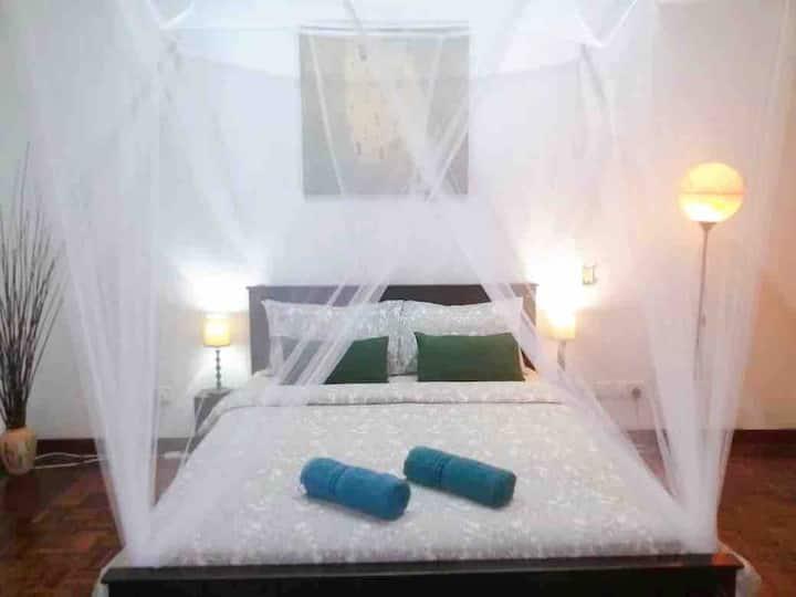 *PROMO*HuGe Suite Room Near 1utama &Ikea