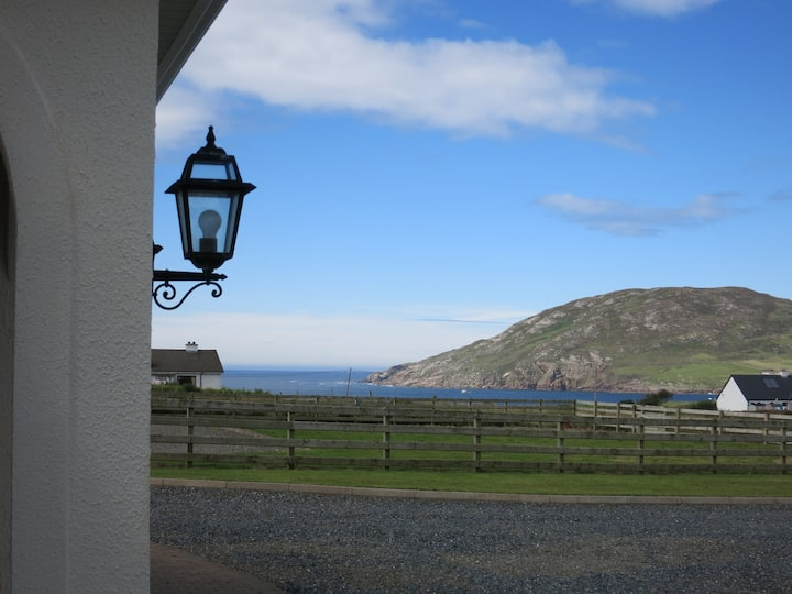 Lovely Spacious Holiday Home, with stunning views