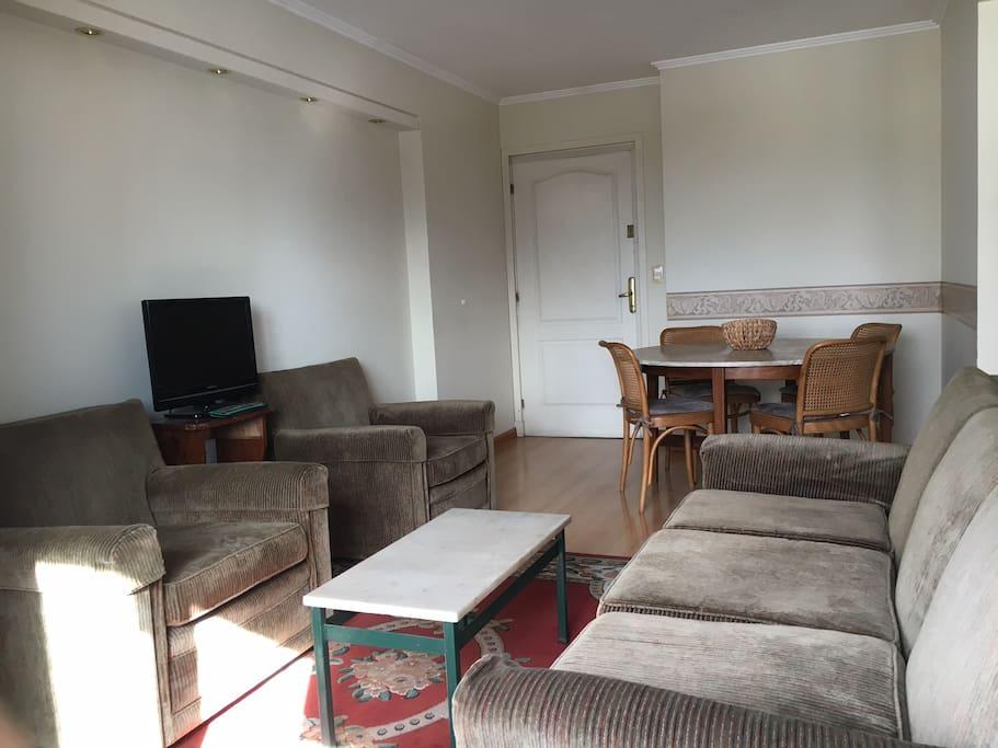 Living / dinning room / Living comedor