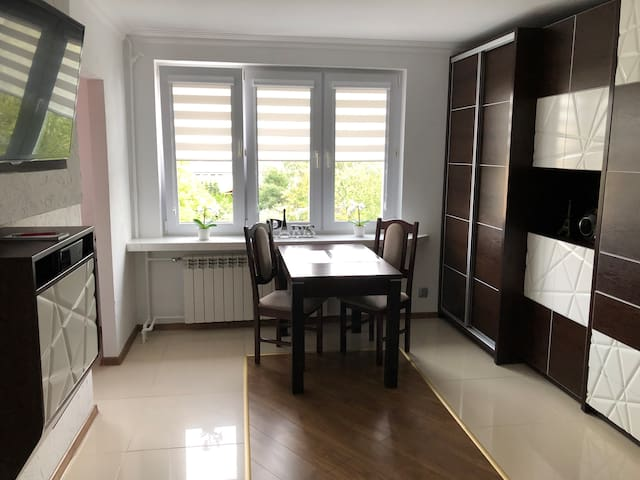 Apartament Paris w centrum Kielc