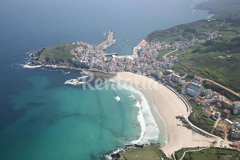 Playa Mayor de Malpica, a 5 minutos de la Casa.
