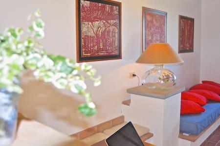 Agriturismo Borgo Solario 3 pax. - Castiglione del Lago