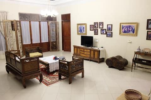 Tamba House in the heart of Pangururan City