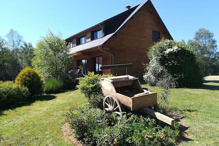 maison bioclimatique sur le plateau de Millevaches