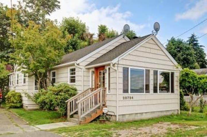 Des Moines Waterfront Bungalow - Des Moines - Domek parterowy
