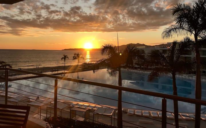 Aria ocean, Nuevo Vallarta, Elephant  Sunset 235