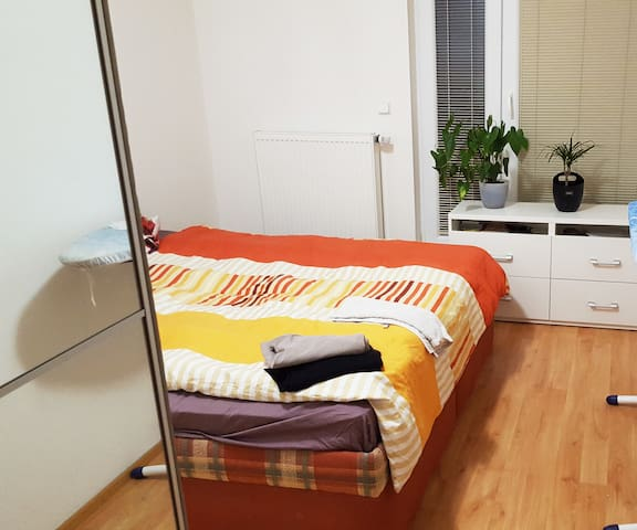 Nice Flat/Two terraces/airport 20min/Center 25min - Prague - Apartment