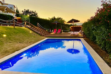 Villa Arade Riverside - Jacuzzi and Heated Pool