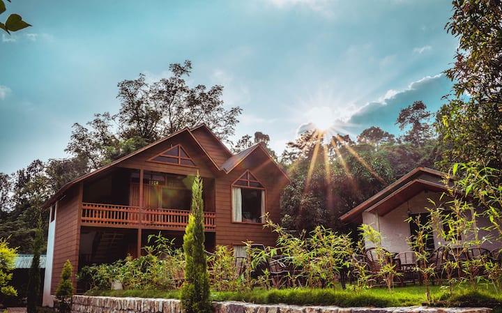 The Sylvan Retreat Dehradun - Pinewood cottage