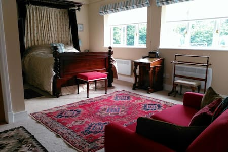 Quiet, cosy, well-equipped annexe near the Stour - Lamarsh - Lejlighed