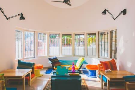 Construkt- Startup Hostels - Bangalore - Bungalow