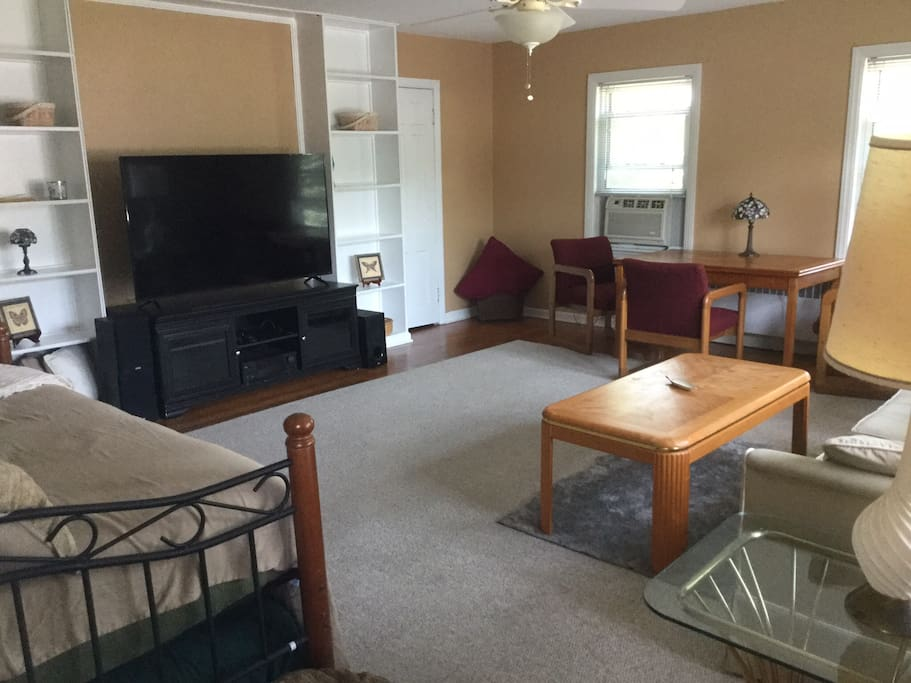 Living room is common area of not rented